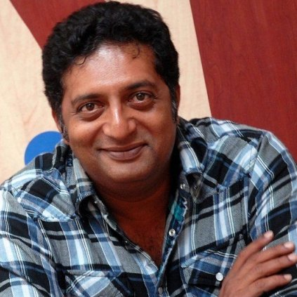 Prakash Raj Tweets about the Gujarat and Delhi farmers' issue